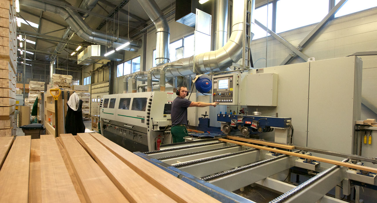 4PLUS was founded in 1994 and specialises in production of aspen articles